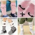 Venda quente Menina Menino Crianças Meias de Algodão Padrão Animal Do Bebê Anti-slip meias até o Joelho Meias Altas 0-4Y