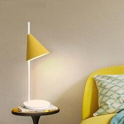 Mała lampa biurkowa kutego lampa z żelaza zwięzły kolor dekoracji lampy biurko domek dla dzieci sypialnia północna i latarnie wl3231628