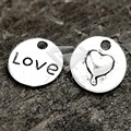 50Pcs Antique Silver Tibetan Silver Tone 15x15x2mm Flat Round Hearts and Love Charms Zinc Alloy Jewellry Making Findings TS0115