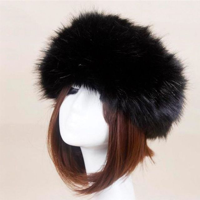 cc923735c31 Women New Hats Lady Russian Tick Fluffy Fox Fur Hat Winter Ski Hat For  Autumn Winter Cold Day Feminino Hat