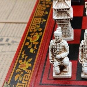 Image 5 - 新しい木製チェス中国のレトロな兵馬チェス木製古い彫刻樹脂駒特大チェスピースプレミアムyernea