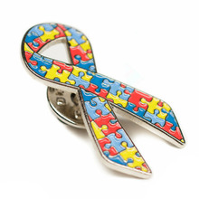Eco-friendly cheap ribbon badge new design custom zinc alloy back butterfly buckle plating