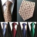 Moda Corbata de seda 100% 8 cm Desgaste de Negocios Traje Formal Corbata Reunión Entrevista Oficina Boda del Novio de Los Hombres Negro Rojo rayas