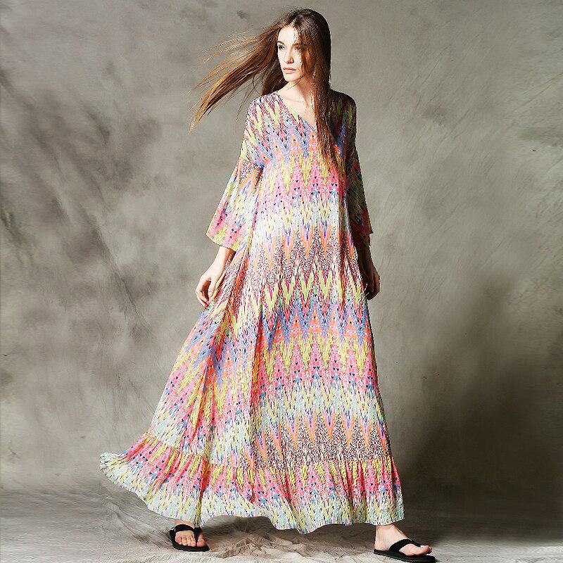 Попа в шелковом платье фото 657-724