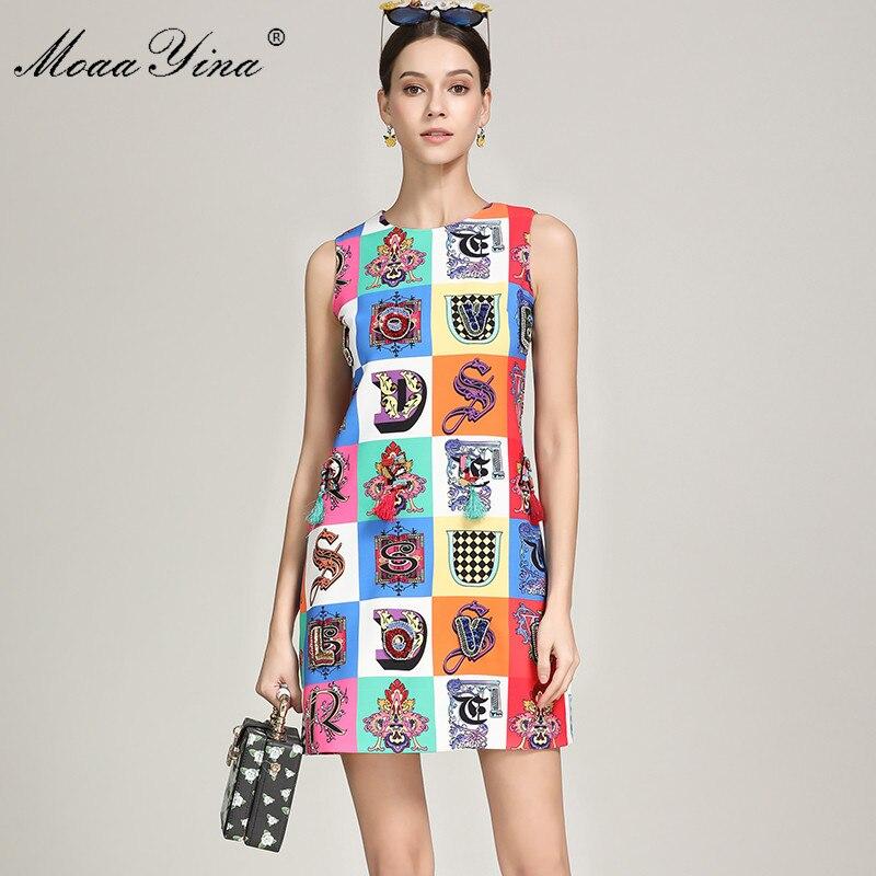 Kadın Giyim'ten Elbiseler'de MoaaYina Yaz Moda Kısa Elbise kadın Kolsuz Ekose Baskı Boncuk Püskül Parti Zarif Pist Elbise'da  Grup 1