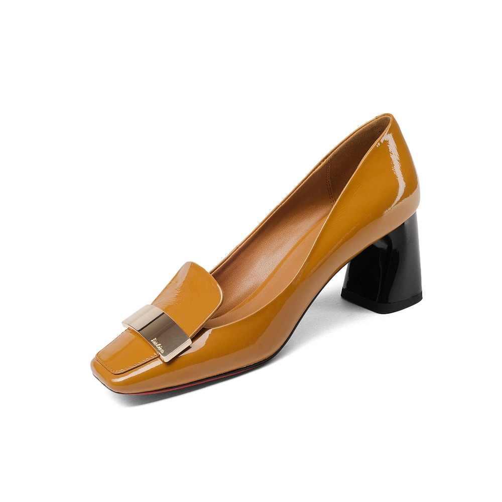 2019 модные женские туфли-лодочки из коровьей кожи с закрытым квадратным каблуком; большие размеры; элегантные свадебные офисные женские вечерние туфли без застежки с металлическим украшением; L49