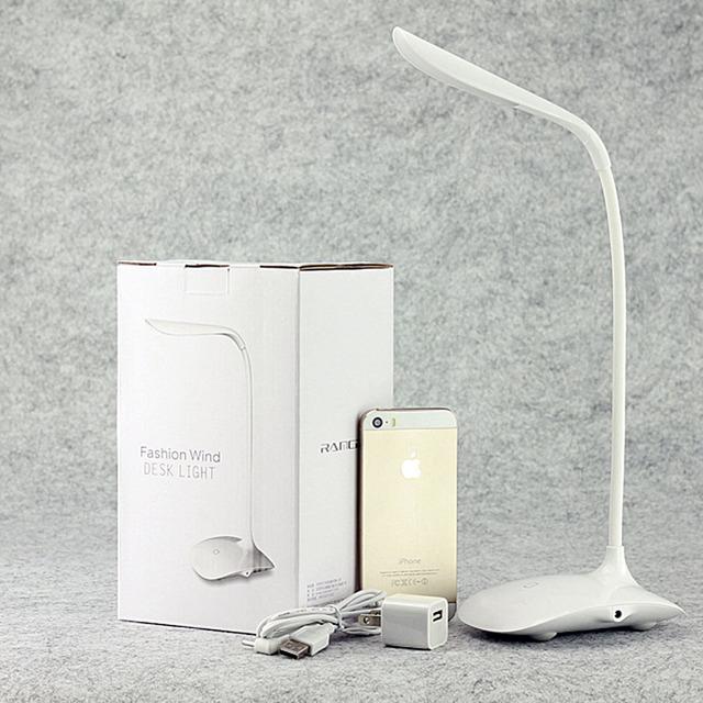Llevó la lámpara de lectura protección para los ojos lámpara de escritorio pequeño con Clip de tres niveles de brillo interruptor dimmer lámpara de mesa recargable