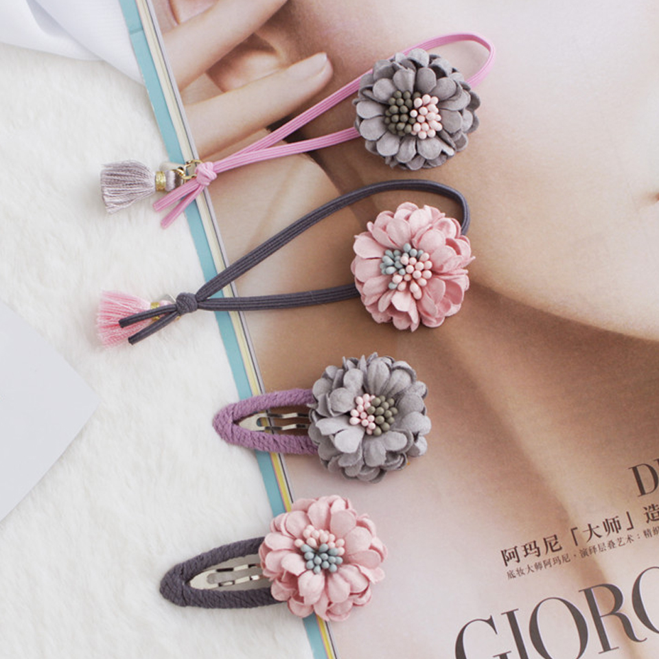 Fashion Flower Elastic Hair Ties Hair Accessores Hair Snap Clips Hair  Elastics No Crease Ouchless Ponytail Holders HT058 9e3aa4cfdbb