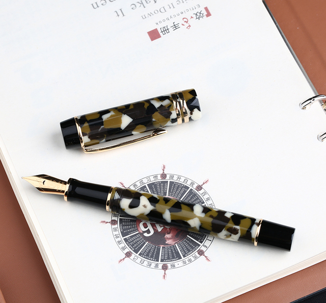 Moonman M600S Celluloid Brown Fountain Pen MOONMAN Iridium Fine Nib 0.5mm Excellent Fashion Office Writing Gift Pen for Business