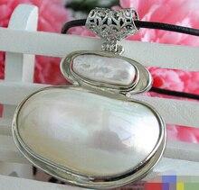 Venta caliente Del Envío Libre>>>>> Grande 48mm blanco keshi collar de perlas mabe media luna colgante