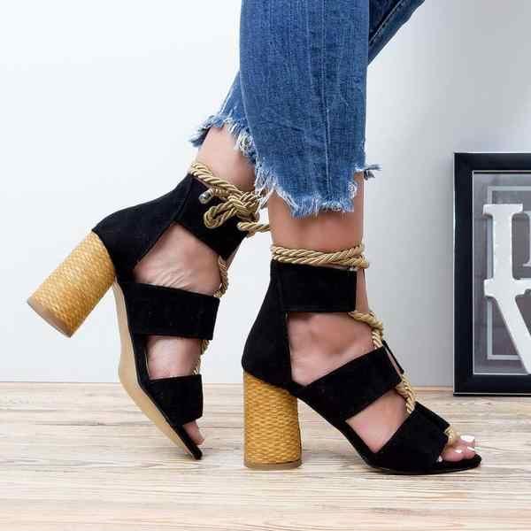 2019 נשים סנדלי נעלי סלבריטאים לובש מעורב צבעים סגנון ברור צבעוני רצועות סנדלי עקבים גבוהים נעליים