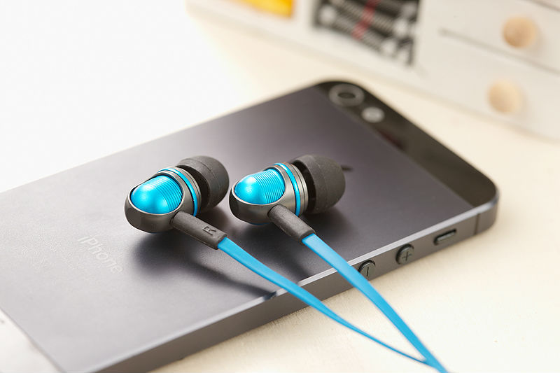 Wallytech Nightingale W801 Flat Cable Stereo in-Ear Earphone For iOS iPhone 5/5s/6/6plus/6s For iPad earbuds With Microphone fajueze fg ea04mp in ear stereo earphone w earbuds purple white