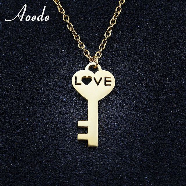3b7e272ddf0b Amor corazón clave collar colgante collar mujeres de moda niñas oro Color acero  inoxidable elegante cadena