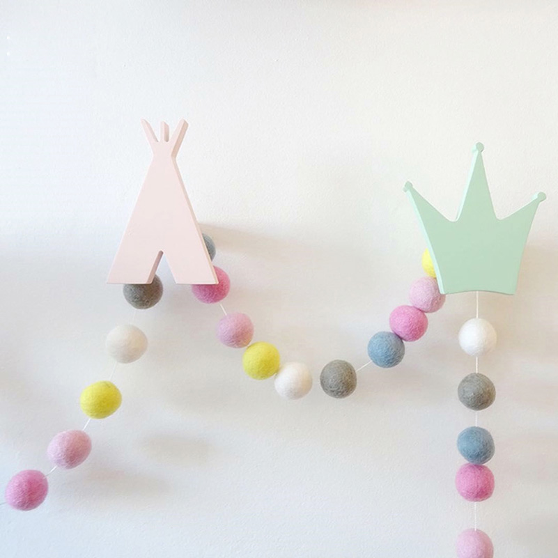 DIY-30pcs-Wool-Felt-Ball-2cm-Kids-Room-Decorative-Balls-Baby-Tent-Ornament-Hanging-Birthday-Gift (2)