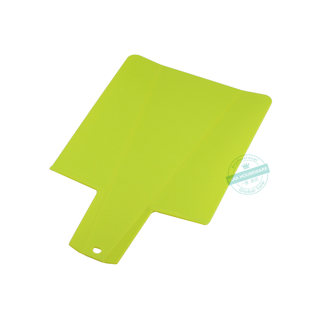 Foldable Plastic Cutting Board 9.75-inch x 8.75-inch Chopping Board Kitchen Prep Mat with Non-Slip Feet 3.5-inch Handle , Green