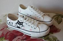 The new lace canvas shoes, hand-painted women's casual shoes vulcanized rubber sole shoes student shoes