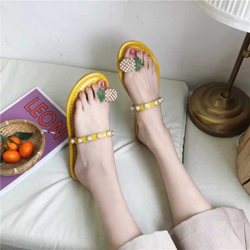RWHK 2019 summer new set of toe pineapple pearl rhinestone beaded slippers female flat bottom wild drag B497