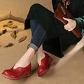 2017 Estilo Étnico Mulheres Sapatos de Couro Genuíno Cunhas Mulheres Bombas Toes Rodada Confortáveis sapatos de Couro Macio Sapatos Casuais