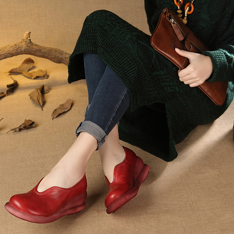 ФОТО 2017 Ethnic Style Genuine Leather Women Shoes Wedges Pumps Round Toes Comfortable Soft Leather Women Casual Shoes