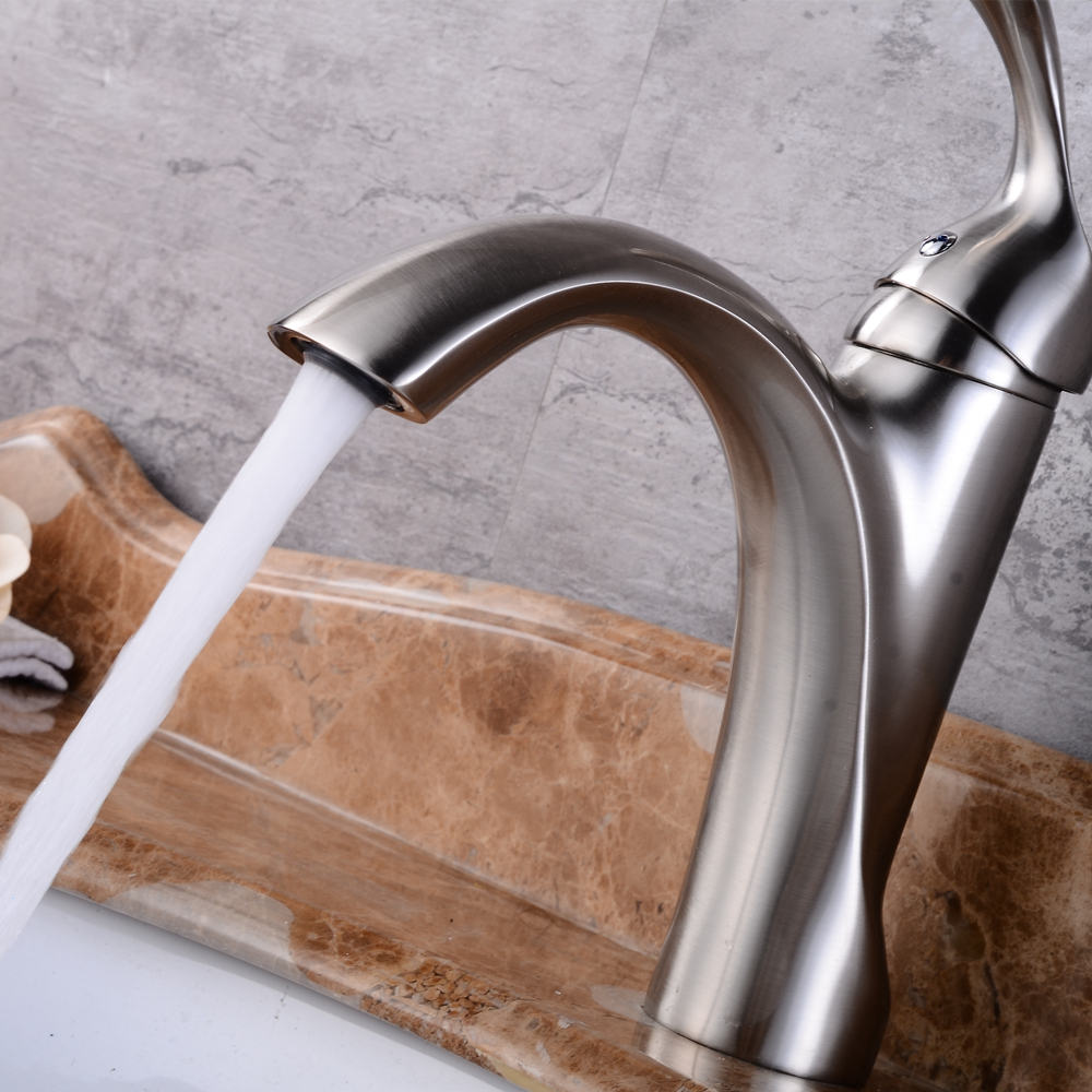 Best Bathroom Basin Sink Faucet Single Handle Kitchen Tap hot and cold water Basin Faucet Kitchen Faucet Torneiras Mci4