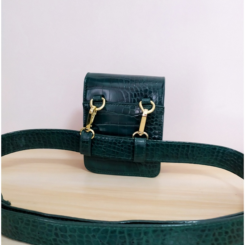 Women Waist Bag Brown Alligator Green PU Leather Waist Pack For Female Girl Travel Belt Bag Pack Newest Fanny Bags in Waist Packs from Luggage Bags