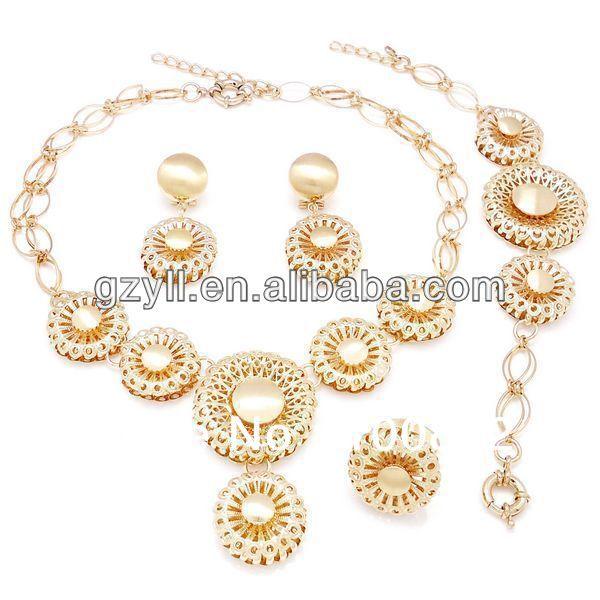 acheter arabie saoudite bijoux prix de perles de jewelry moonstone fiable. Black Bedroom Furniture Sets. Home Design Ideas