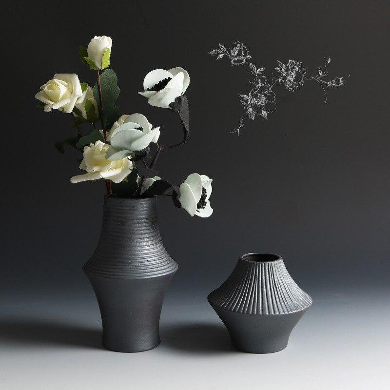 Classic Black Ceramic Vase Modern Chinese Simple Retro Container Creative Home Decoration Ornament