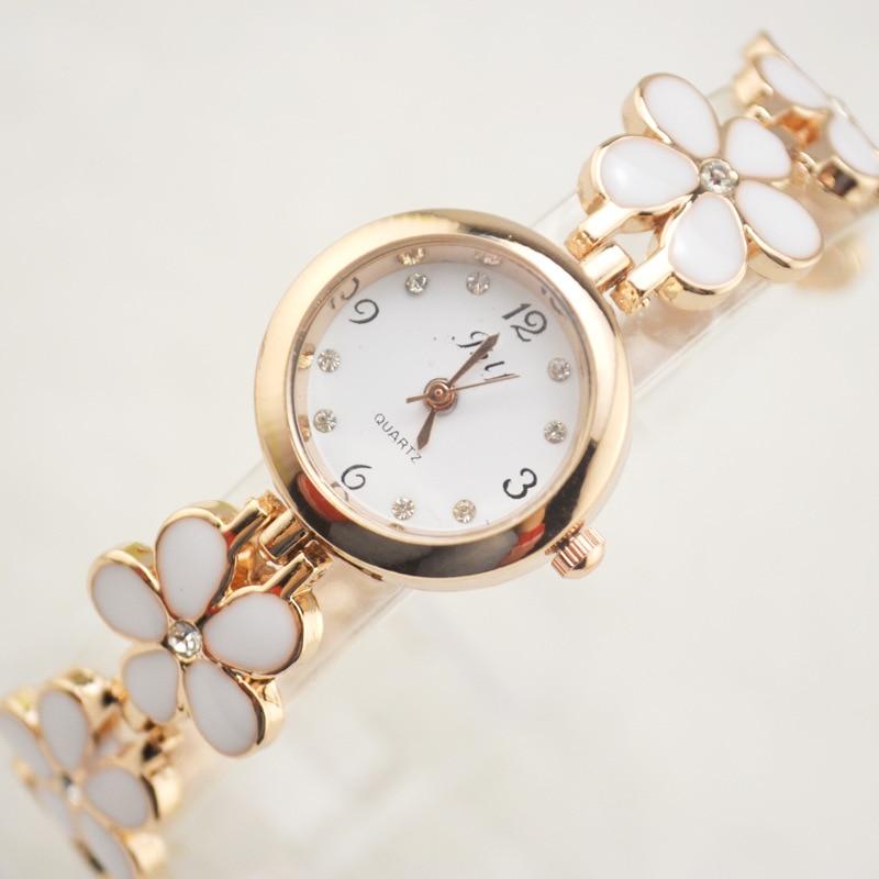 Floral Girl Wrist Quartz Klockor Strass Armbandsur Girl Relojes Mujer Bangle Kvinnor Titta på Tonårsflickor