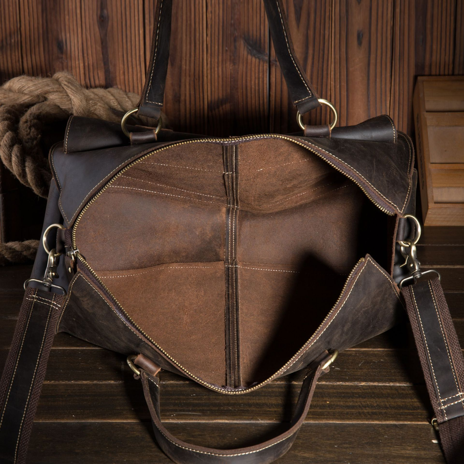 Luggage bag Travel Duffel bags Retro Multi Pocket Genuine Leather Cowhide Crazy Horse Big Crossbody Handbag for Man in Travel Bags from Luggage Bags