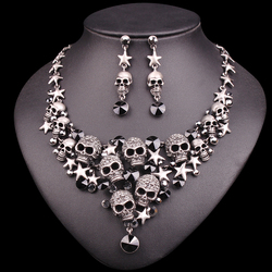 New Individuality Rhinestones Skeleton Necklace Earrings Sets Vintage Skull Jewelry Sets Retro Star Jewellery Set Gift for Women