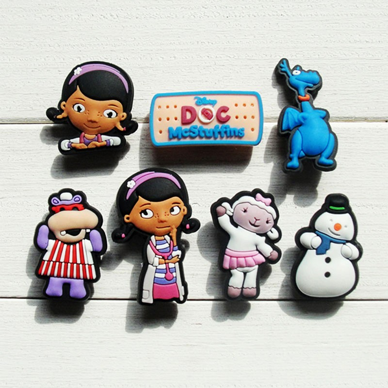 Single 1pc Doc Mcstuffins PVC Shoe Charms Shoe Accessories Shoe Decoration Shoe Buckles Accessories Fit Band Bracelets Croc JIBZ