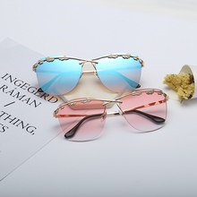 Olive Leaf Street Fashion Trend 2019 Sunglasses Women Style Sun Glasses Oversized  Pink Weird Original
