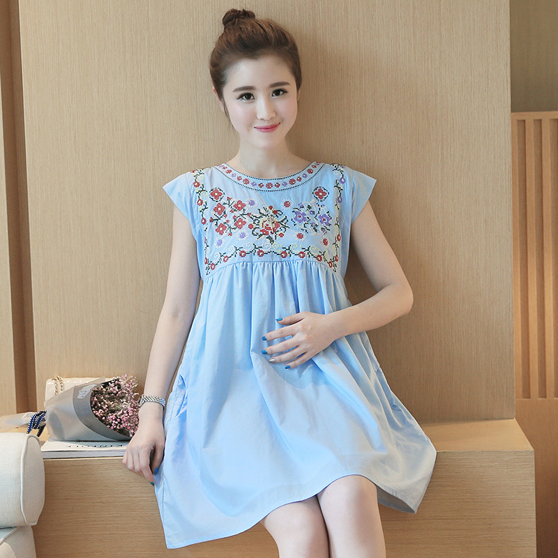 a8f4959ea Maternity Embroidered Short Sundress Dress Ropa Maternal Premama Pregnant  Women Maternity Summer Dress Sleeveless-in Dresses from Mother   Kids on ...