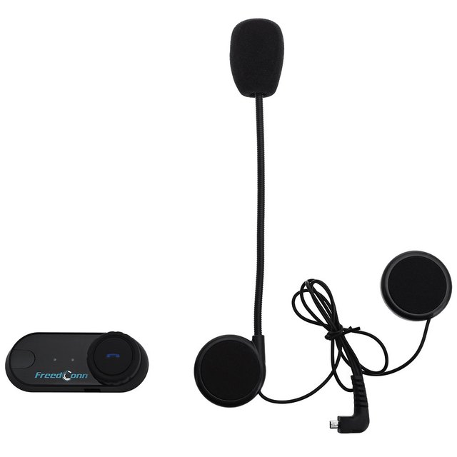 Nuevo Enchufe de REINO UNIDO 2 unids Casco de La Motocicleta 800 M Impermeable de Sunproof Bluetooth Manos Libres Kit de Intercomunicación de Voz de la Ayuda con El Último Número Dial