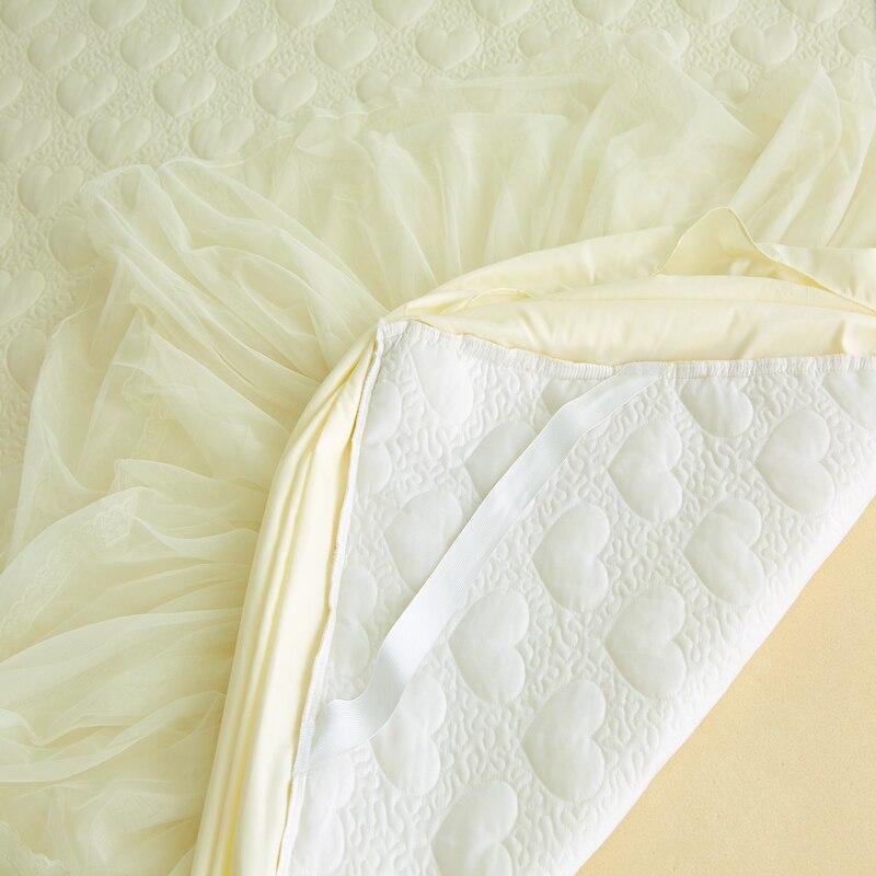 3 pcs 럭셔리 코 튼 레이스 핑크/레드 공주 침대보 킹/퀸/전체 크기 여자 침대 스커트 bedsheet 베개 케이스 빠른 무료 배송-에서침대치마부터 홈 & 가든 의  그룹 2