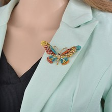 1PC Big Butterfly Brooch Alloy Rhinestone Exquisite Corsage 4 colors available