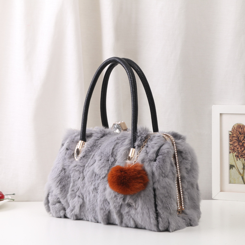 Winter High Quality Rabbit Fur Handbags Designer bags famous brand women bags 2017 women's messenger shoulder bag With Diamonds 2017 winter new clothes to overcome the coat of women in the long reed rabbit hair fur fur coat fox raccoon fur collar