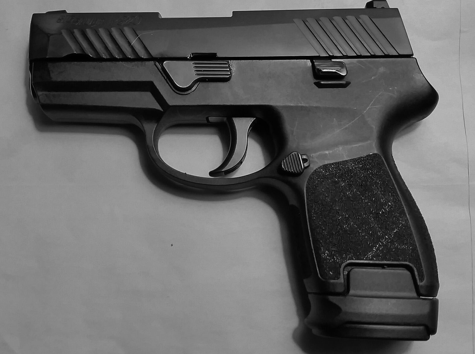 Magorui X-Grip Adapter Use Sig Sauer P320/250C Compact Magazine in  P250/320SC Sub 9mm/40