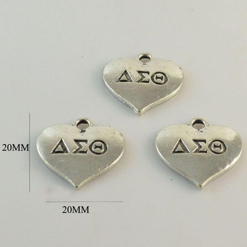 30pcs 1 lot Delta Sigma Theta Sorority DST letter Sorority heart Charm ZPB antique sliver gold