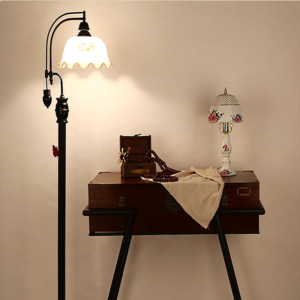 Klassischen garten retro led eisen stehlampen 110 v 220 v e27 moderne stehlampen für wohnzimmer moderne keramik kunst japanische