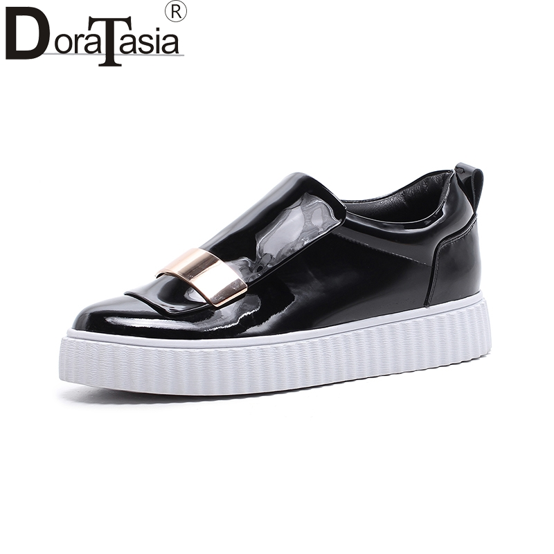 DoraTasia   2018 top quality genuine leather Spring Flats Shoes Woman White Casual loafers Women Shoes footwear cow leather цена и фото