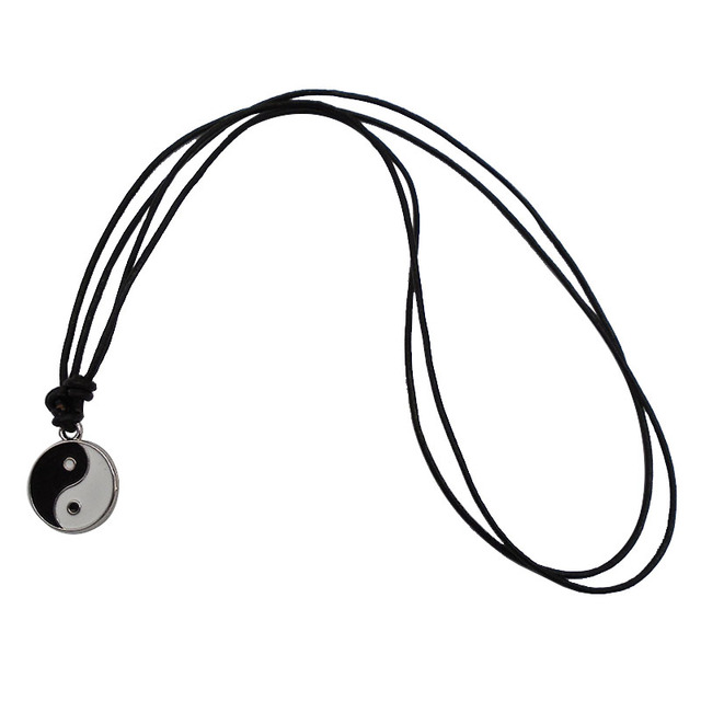 1 x noir blanc Yin Yang rond pendentif à breloques Chokers colliers avec longue chaîne de corde en cuir véritable noir