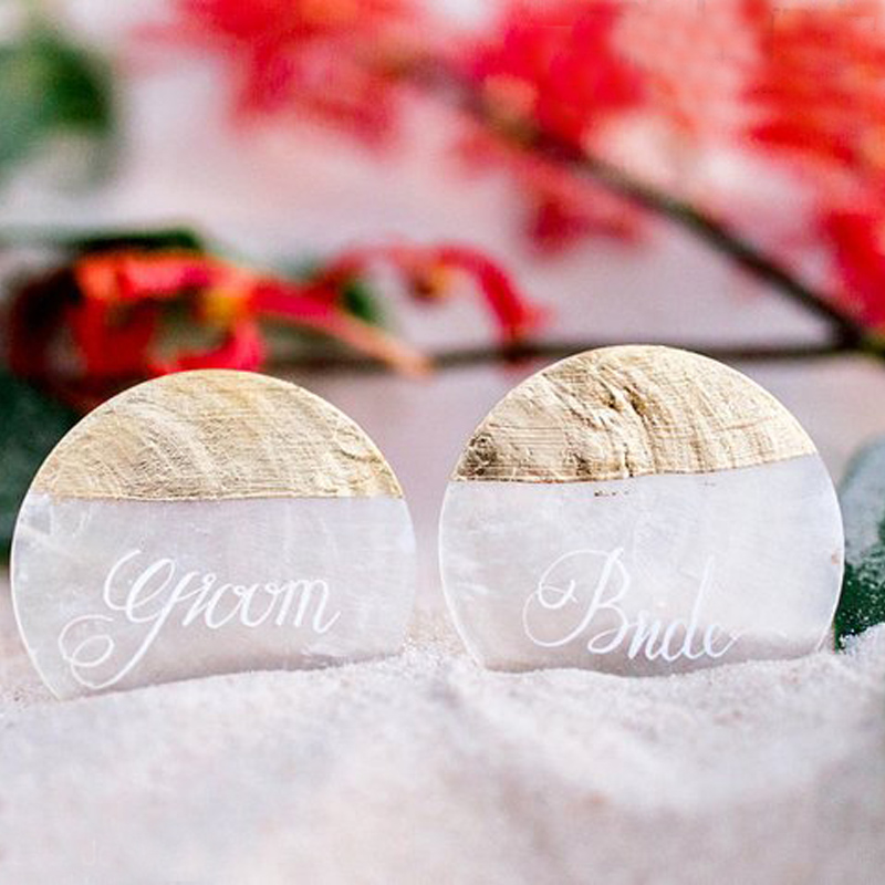 Free Shipping(25pcs/lot)Custommade Shell Calligraphy Name Cards For Beach Wedding Natural Shell Conch Reception Table Chic Decor