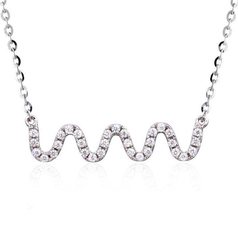 18K Gold Wave Necklace