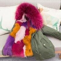 Стильная Детская натуральным лисьим мехом пальто для девочек зимняя парка для мальчиков натуральный мех енота детская верхняя одежда с кап