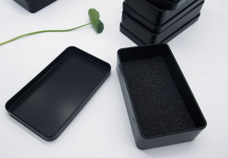 Dimensioni: 108x63x28mm contenitore di Monili nero scatola di metallo scatola di latta di stoccaggio-in Custodie e ceste da Casa e giardino su  Gruppo 2