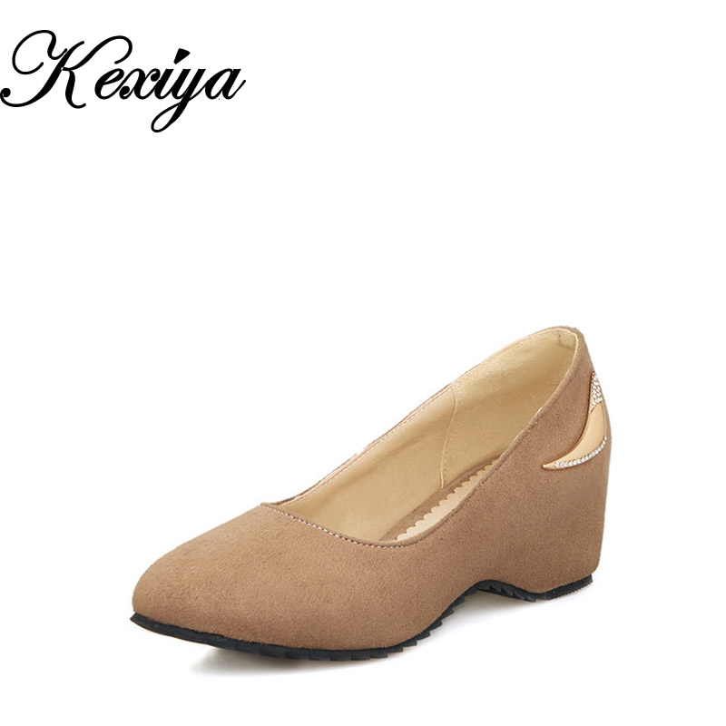 Tamaño grande 30-50 La nueva moda dulce zapatos de mujer ocio zapatos solidos sólidos sexy aumento interno tacones altos HQW-626