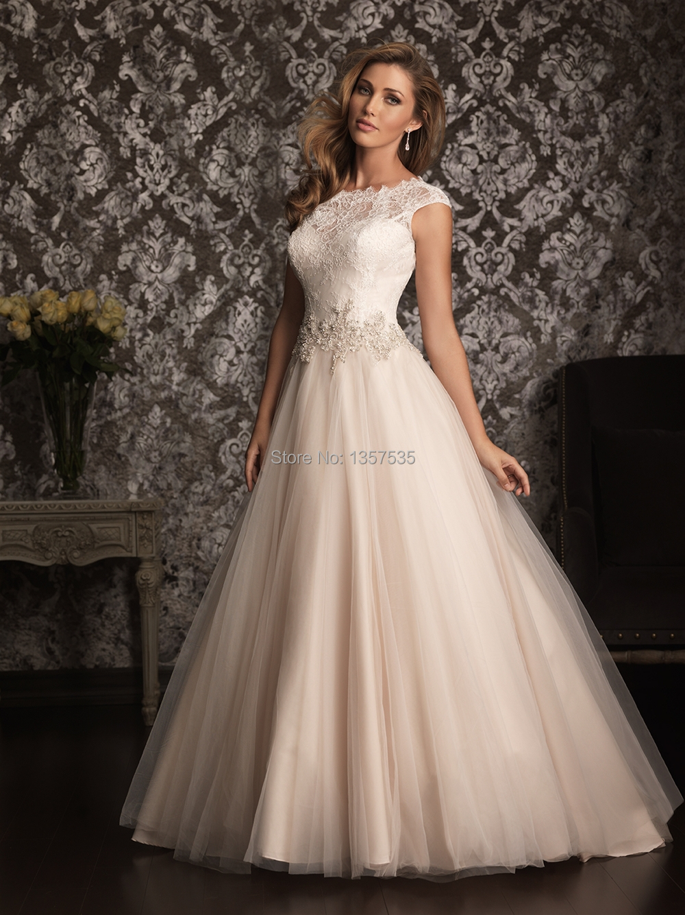 Cut Out Back 2014 Princess Wedding Dress with Lace Vestido De Noiva ...
