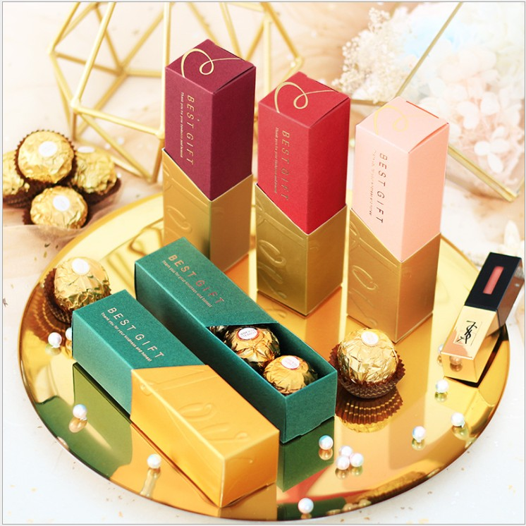 Free Shipping 50pcs Wedding Favor And Gifts Chocolate Candy Box Lipstick Boxes Gold Red Creative Packaging A Gift For Guests
