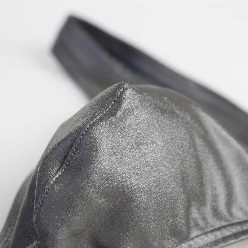 PESSOA CORAJOSA Dos Homens Novos Briefs Underwear Sexy Mens Cintura Baixa Briefs Imitação de Couro Masculino Cuecas Para Homens Briefs Tangas Gay